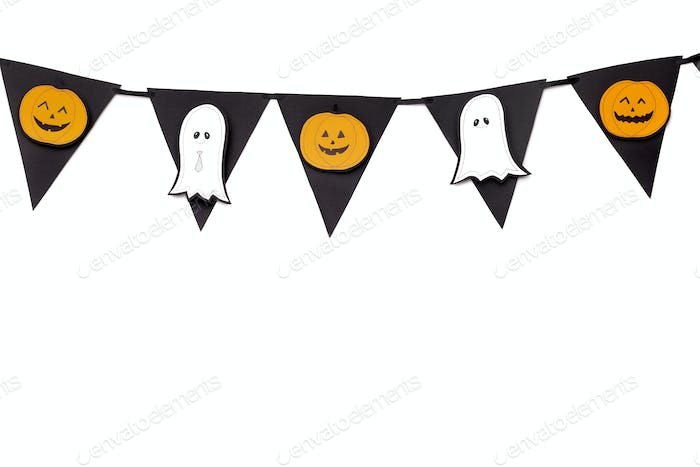 Halloween creative garland with pumpkins and ghosts