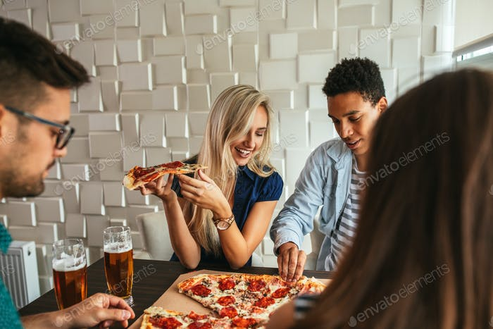 There's pizza for all