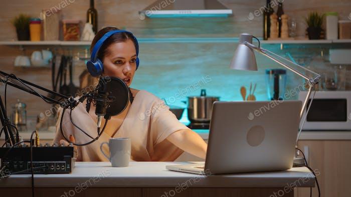 Blogger-Streaming vom Heimstudio