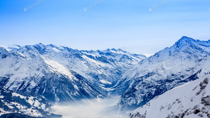 Schöne Berglandschaft. Winterberge Panorama