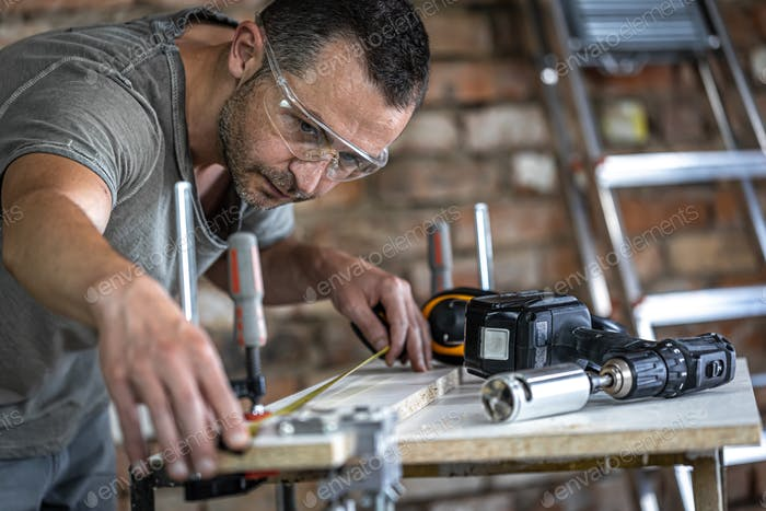 Universal furniture manufacturer, professional precision drilling tool.