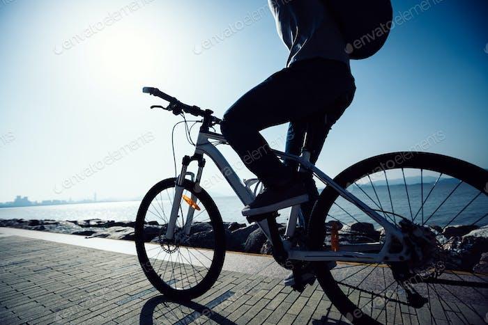 Radfahren an der Morgenküste