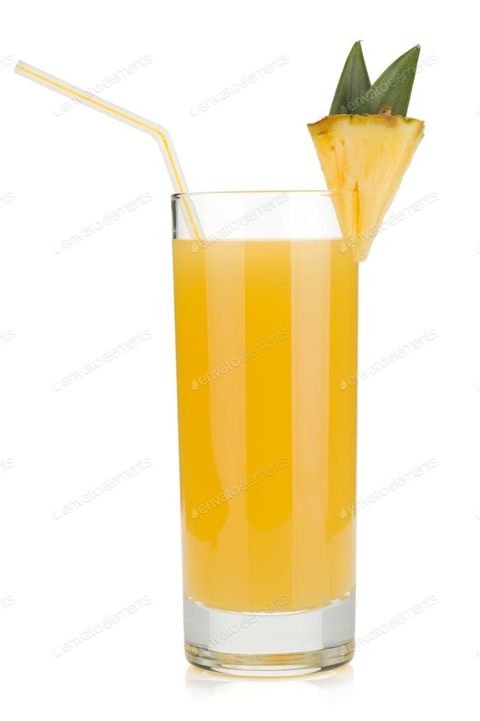 Ananassaft in einem Glas