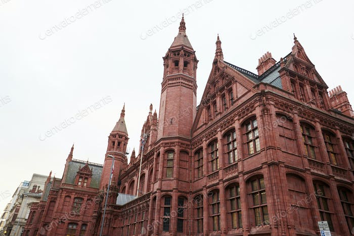 Birmingham, UK - 6. November 2016: Außenansicht des Birmingham Magistrates Court UK