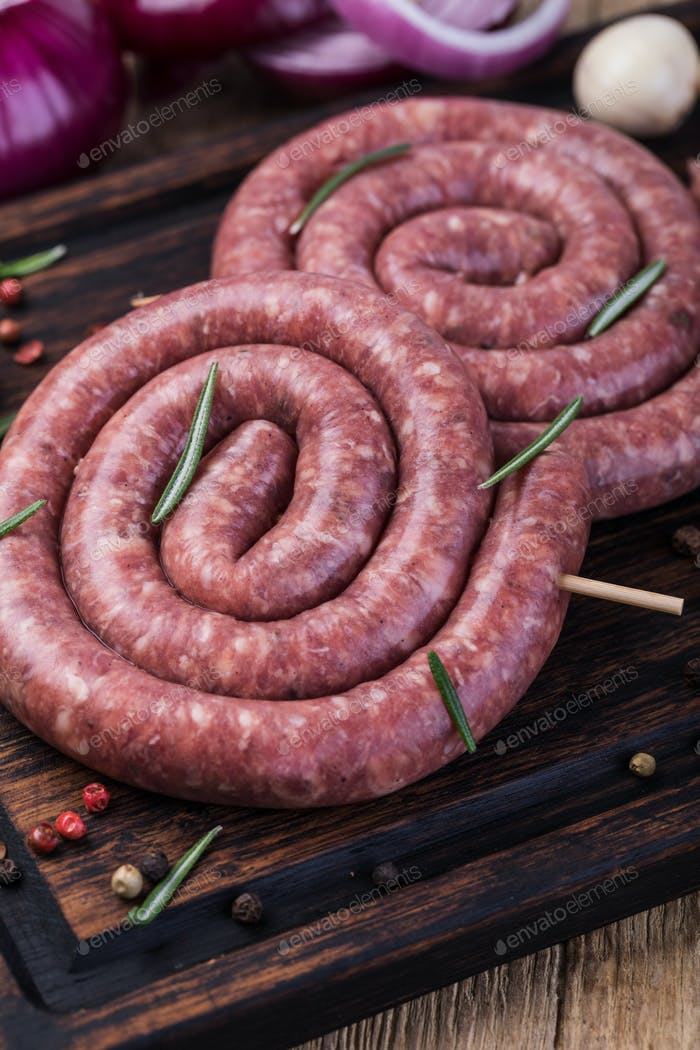 raw pork sausage