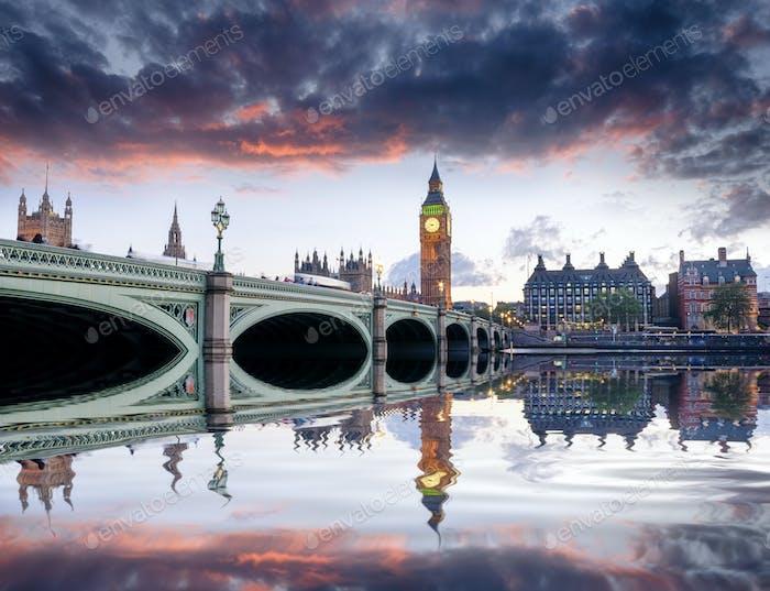 London in der Abenddämmerung