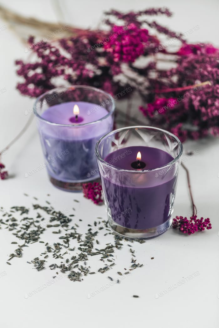 Aromatic Purple Scented Candles with Lavender Decoration