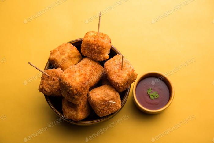 Knuspriger Hüttenkäse Popcorn ist ein indisches Starterrezept