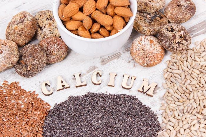 Produkte und Inhaltsstoffe, die Kalzium und Ballaststoffe enthalten, gesunde Ernährung