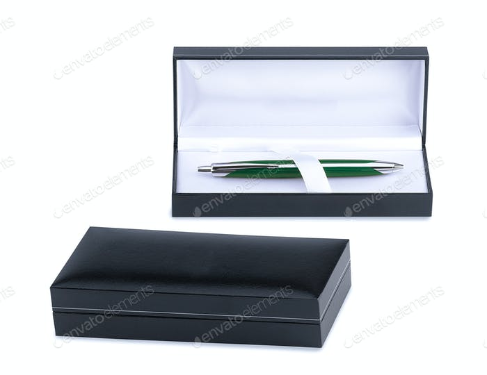 gift box.Pen inside.