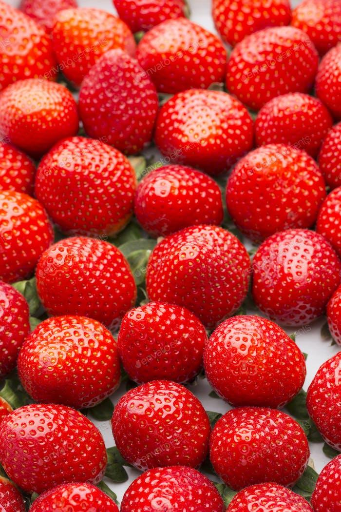 Schachtel mit Erdbeeren, ErnteSammlung.