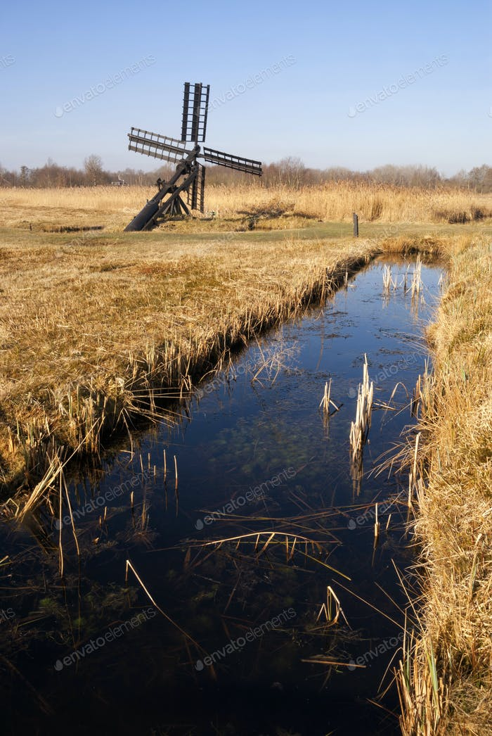 Small windmill in the Weerribben-Wieden