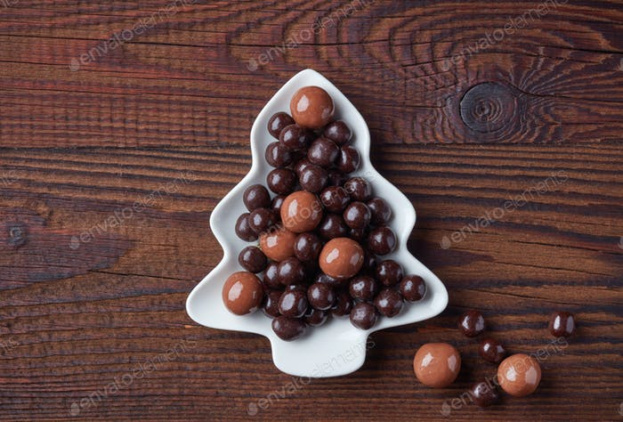 berries covered with chocolate