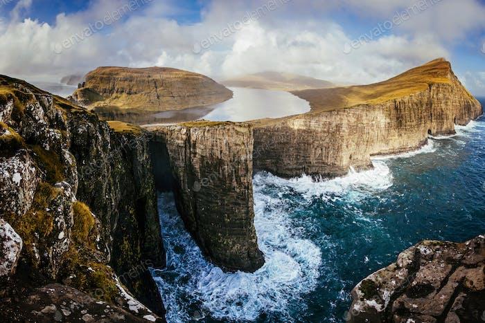 Traelanipan cliff, Faroe islands