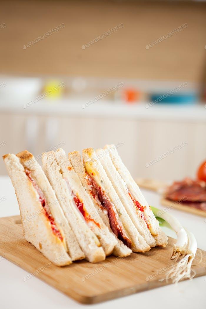 Club sandwich with white bread