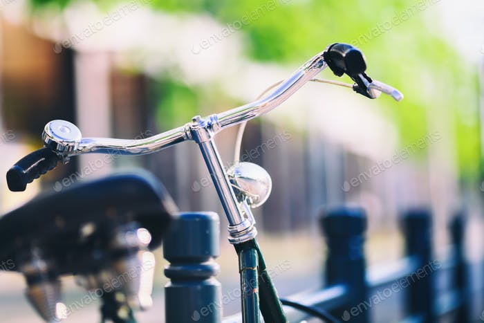 Vintage city-bike bunte retro licht und lenker