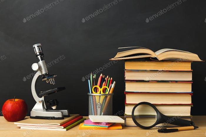 Zurück zur Schulkonzeptionellen Hintergrund