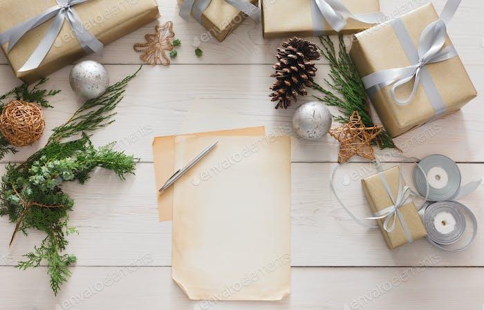 Geschenkverpackung Verpackung modernes Weihnachtsgeschenk in Kartons
