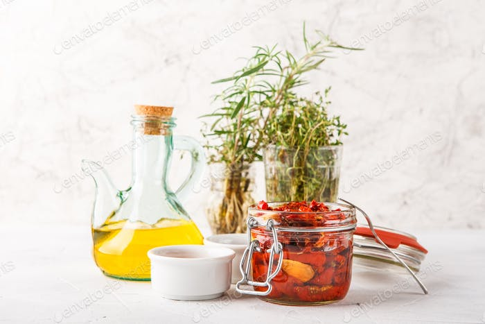 Sun dried tomatoes with herbs and olive oil