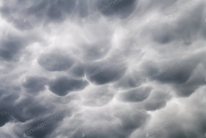 Stormy sky with menacing mammatus clouds