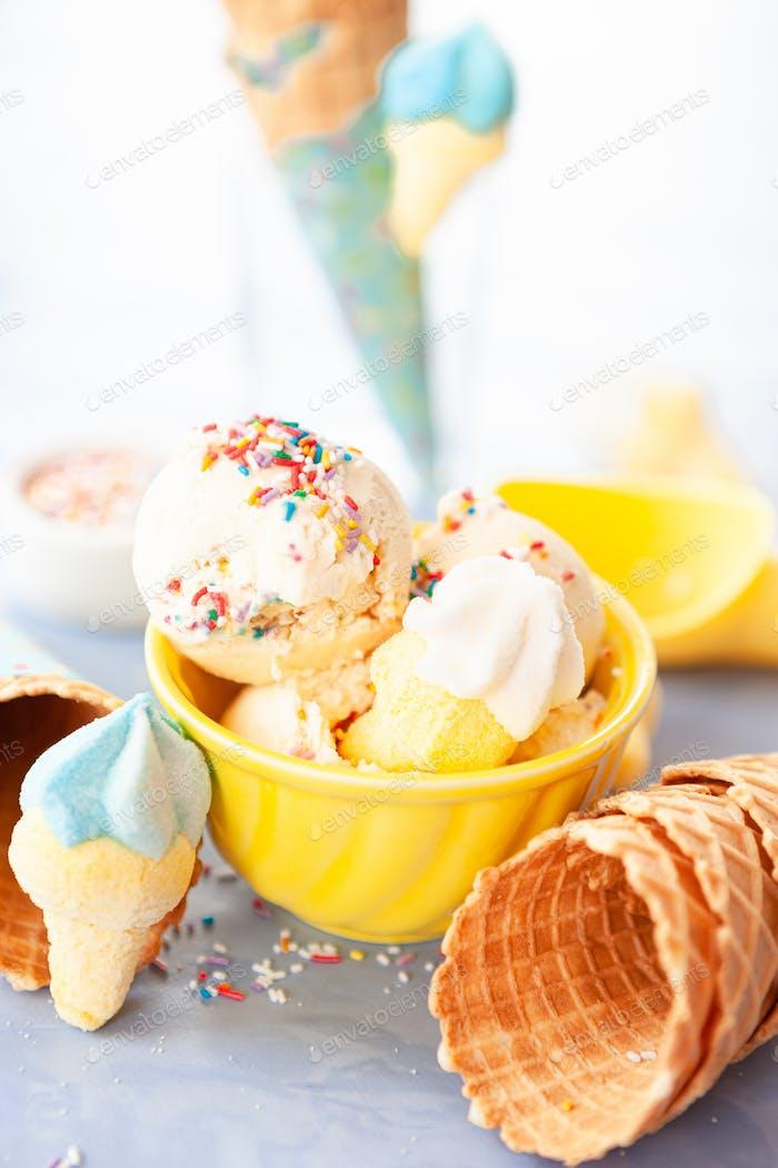 Eis mit Zuckerstreusel