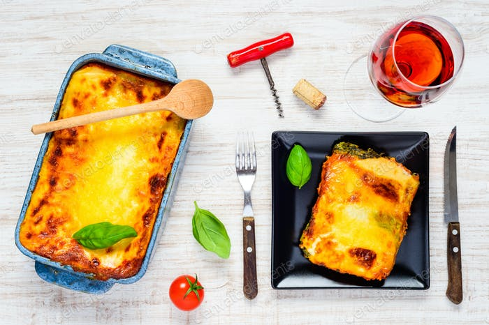Baked Lasagna with Wine