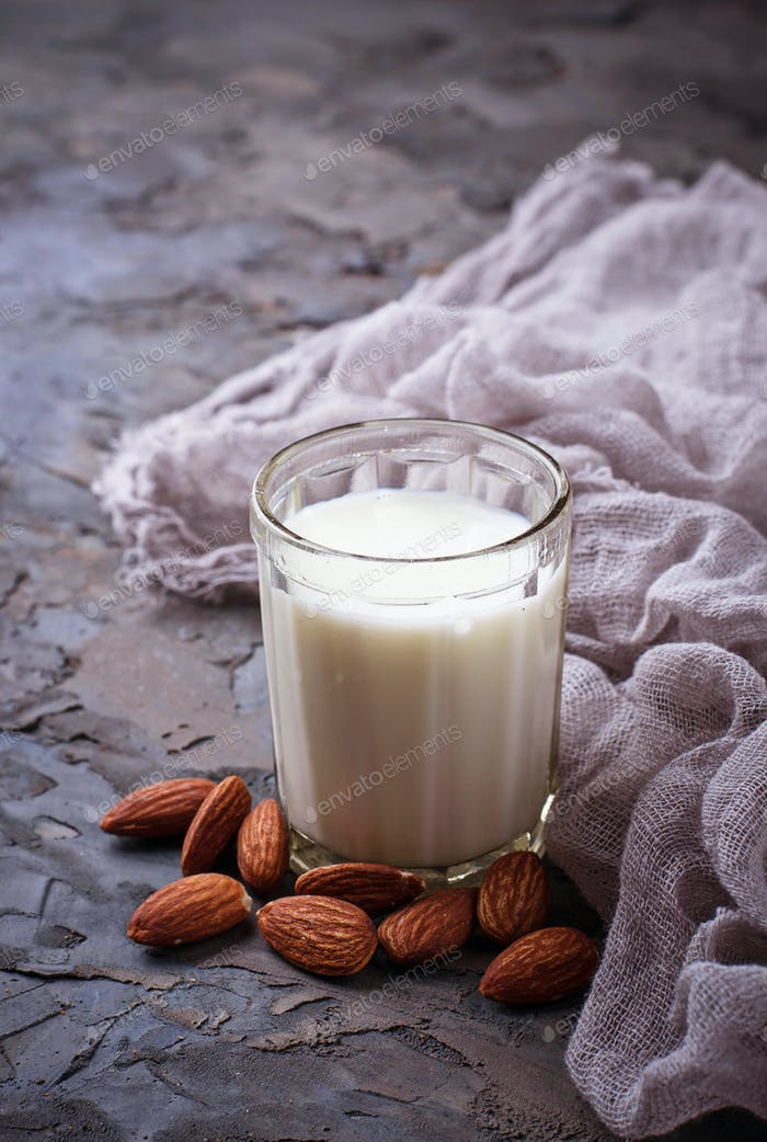 Non-dairy vegan almond milk