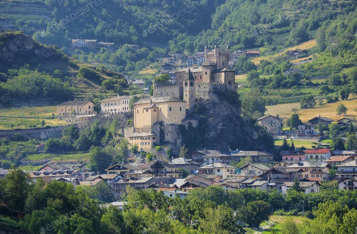 Mittelalterliche Burg von Saint-Pierre im Aostatal, Italien