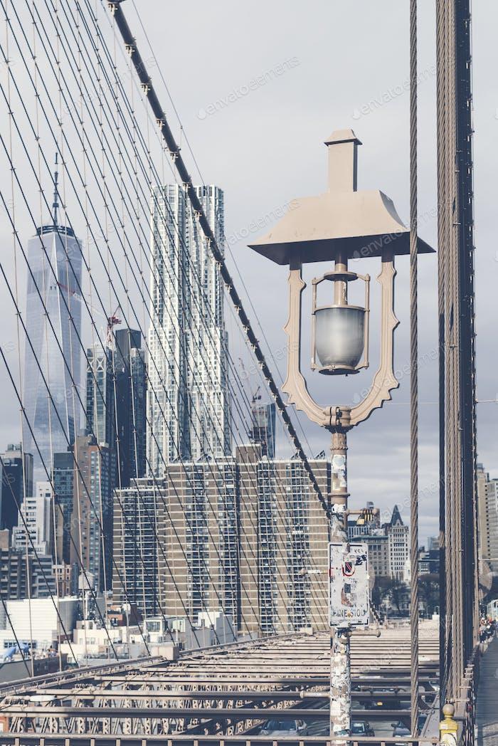 Detalles del puente de Brooklyn en la ciudad de Nueva York