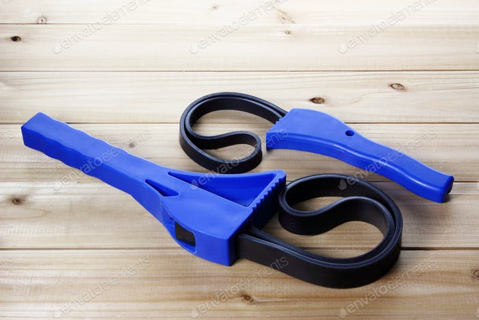 Strap Wrenches