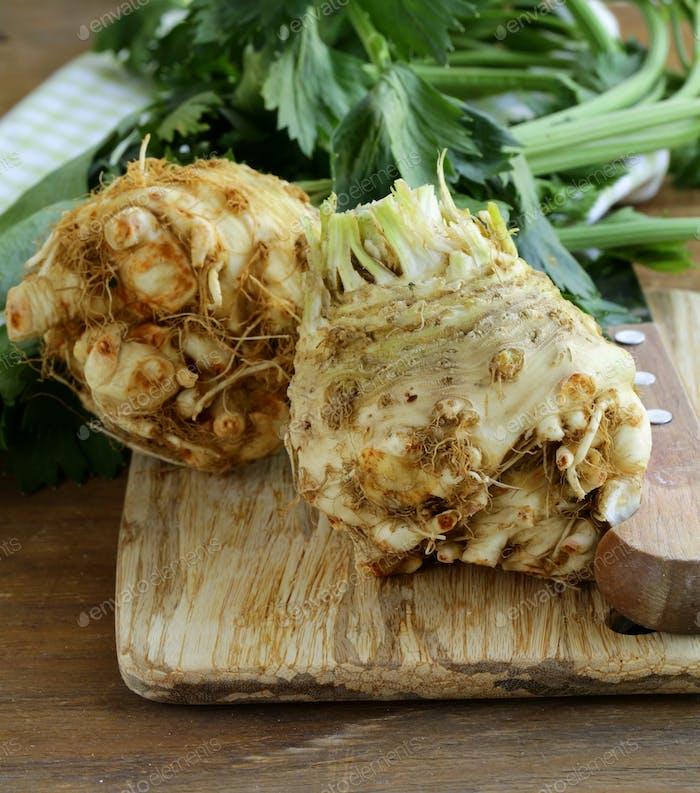Fresh Organic Celery Root