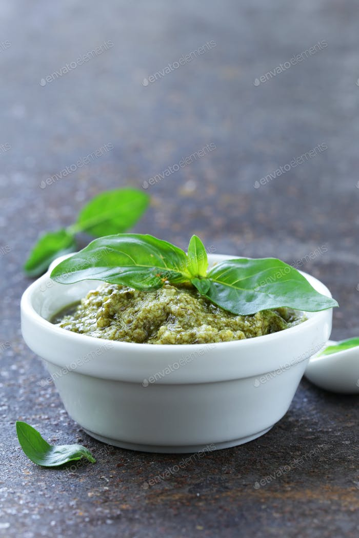 Traditional Italian Pesto Sauce