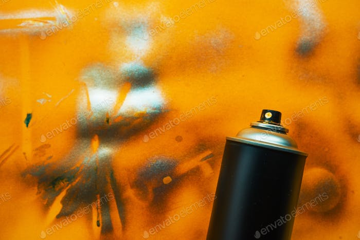 Color spray can for graffiti artwork