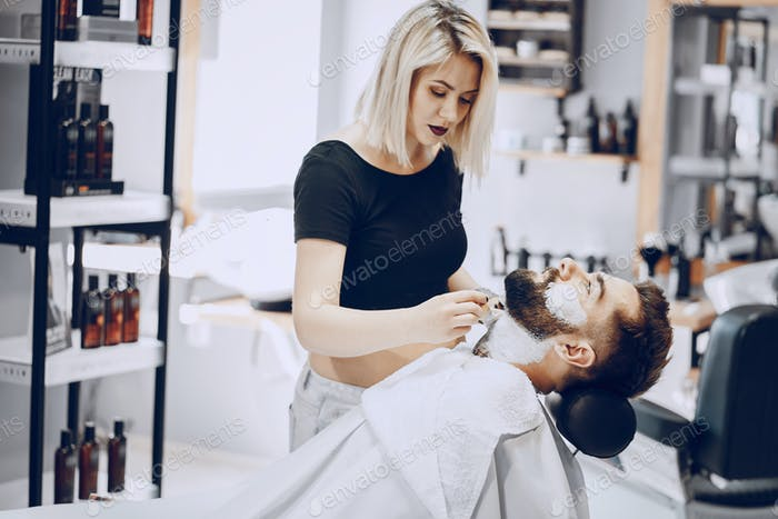 Mann in den Barbercos