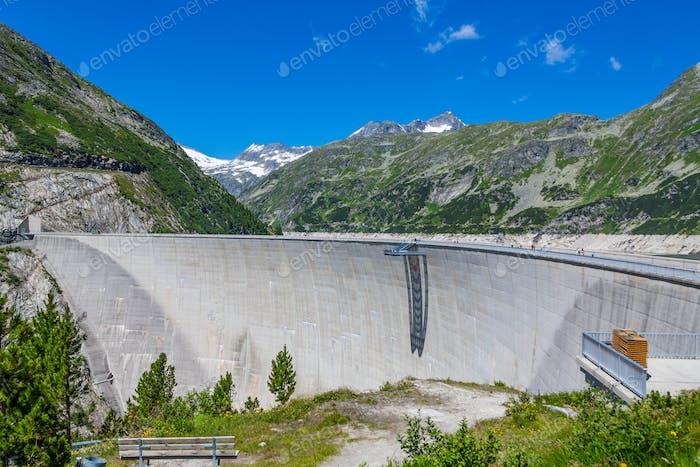 Großer Damm