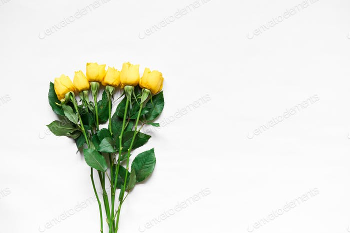 Top view of yellow roses