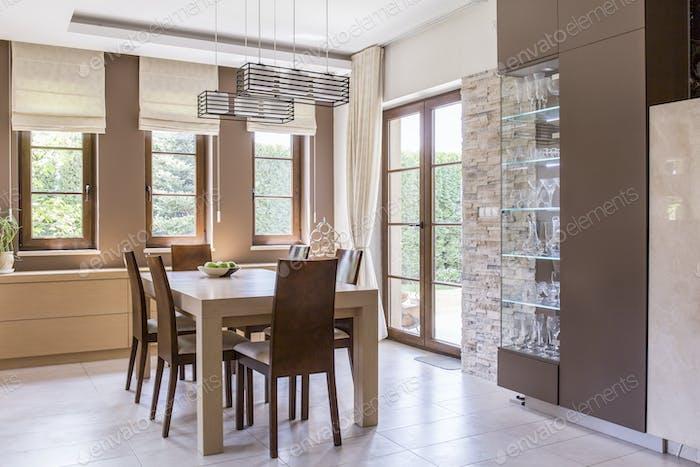 Elegant dining room design