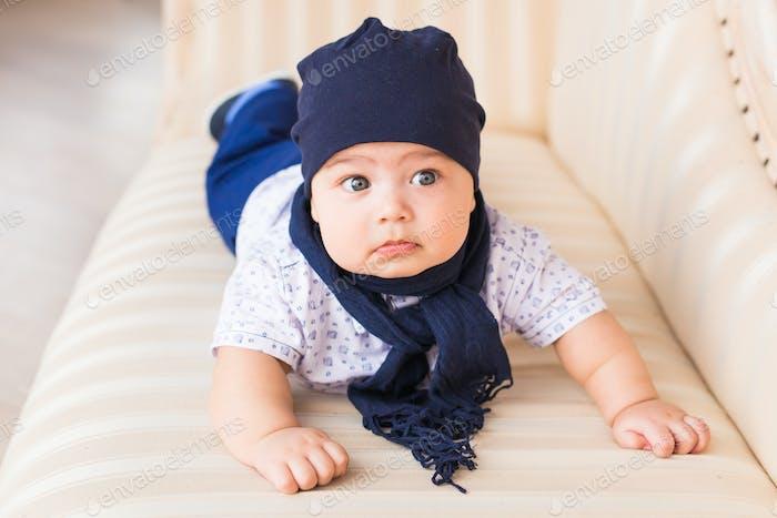 Adorable Bebé caucásico.