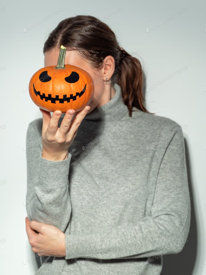 Minimalistic halloween concept