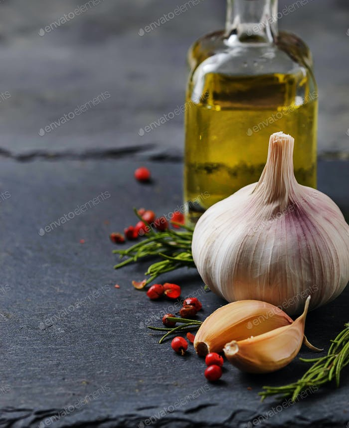 Garlic, pepper, rosemary and olive oil.