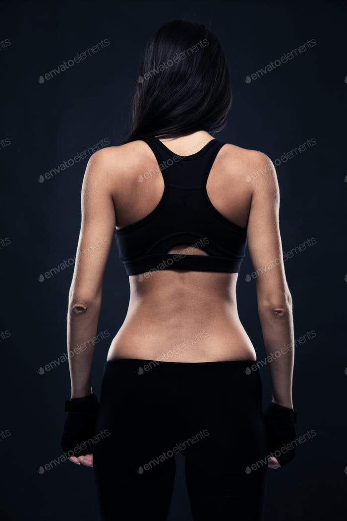 Back view portrait of a fitness woman