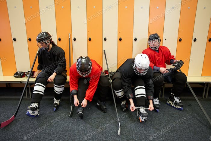 Hockey Team Getting Ready