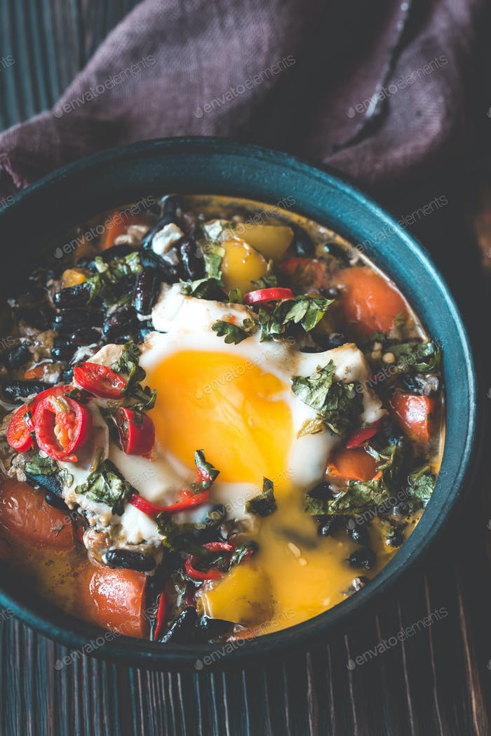 Soup of black beans and an egg