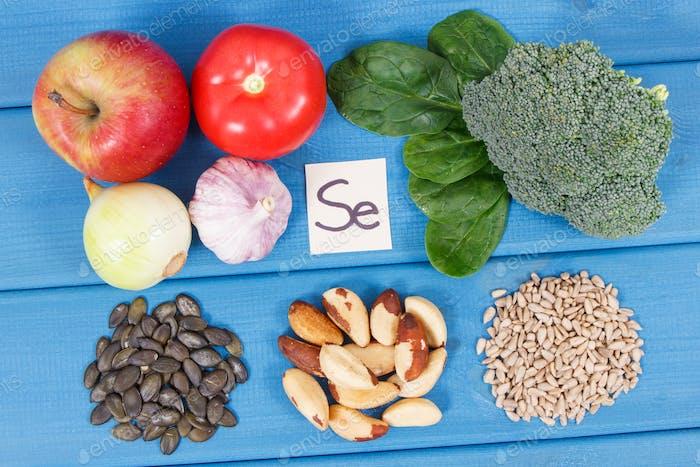 Produkte und Inhaltsstoffe, die Selen und Ballaststoffe enthalten, gesunde Ernährung