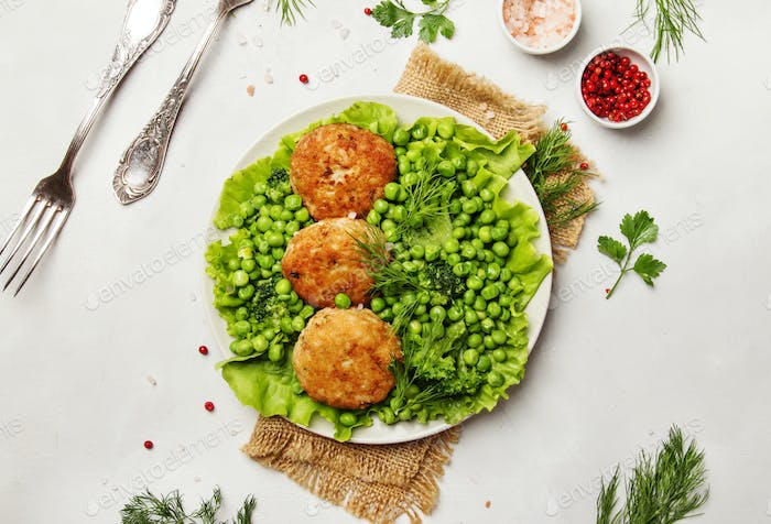 Fish cutlets from cod with garnish