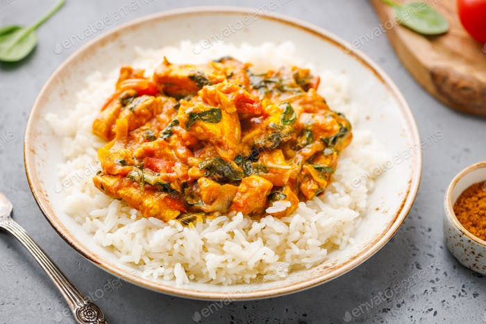 White rice with Bombay chicken curry