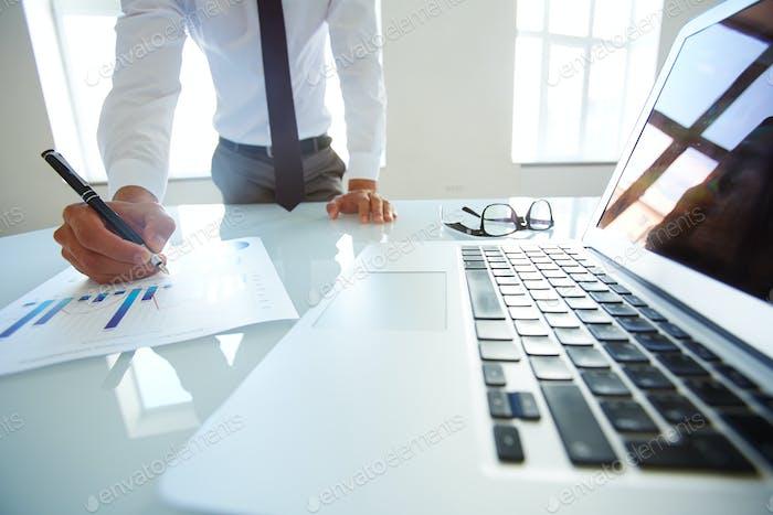 Überlegen des Businessplans