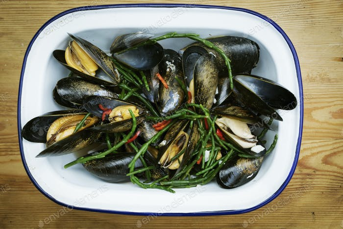 Steamed Black Mussels with samphire.