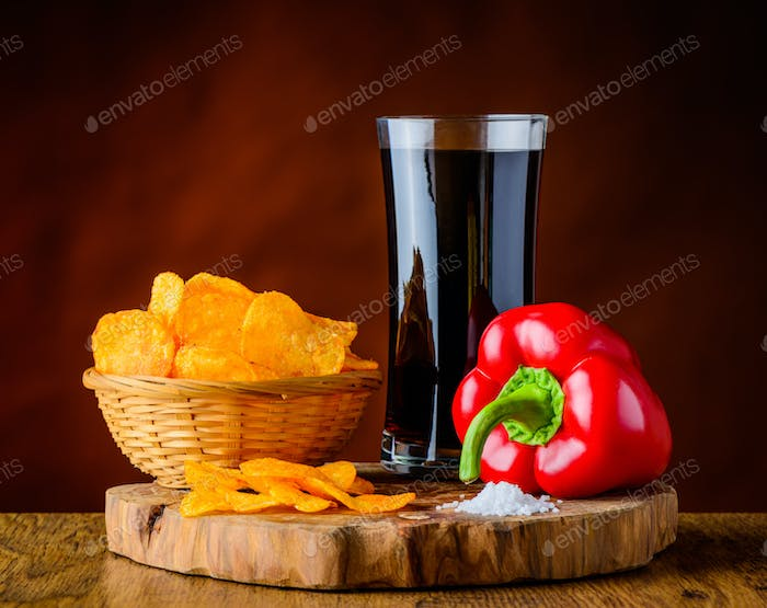 Red Pepper, Potato Chips and Cola