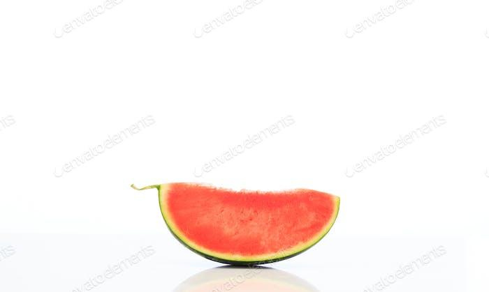 Wassermelone Scheibe isoliert auf weißem Hintergrund